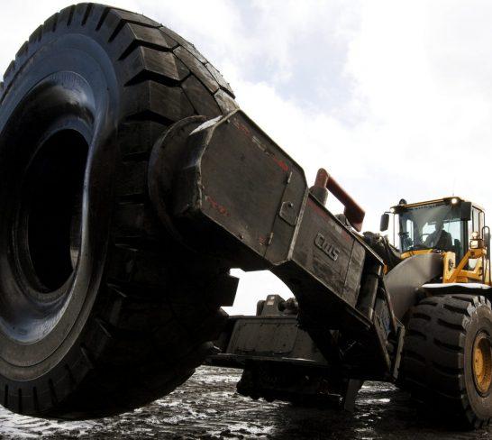 Tire Handler